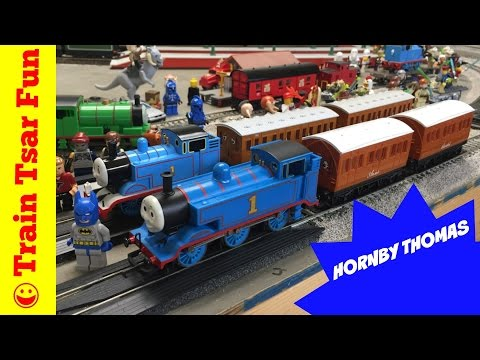 THOMAS THE TANK ENGINE & FRIENDS Hornby Electric Train Set Annie & Clarabel