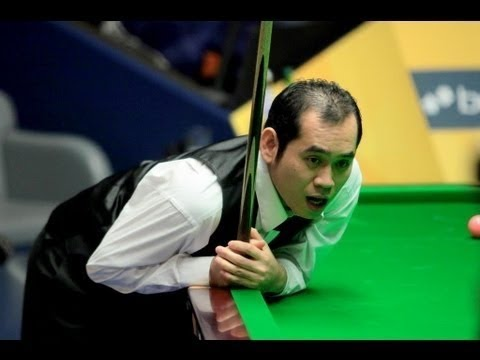 Dechawat Poomjaeng missed three times and lost the frame, World Snooker Championship 2013
