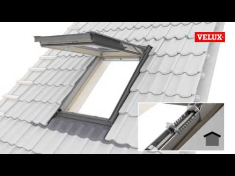 Velux top hung windows spring adjustment youtube for Costo velux 55x98