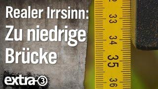 Realer Irrsinn: Zu niedrige Brücke in Emden