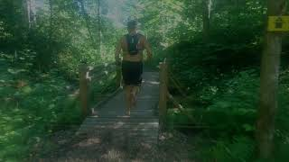 Barefoot trail running tips - downhill, gravel and uphill running technics