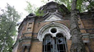 Заброшенные склепы Никольского кладбища