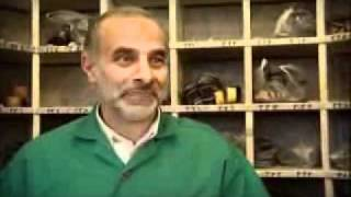 Documentary - Shoe Collectors at Imam Al Reza Shrine - Mashad - Persian sub English