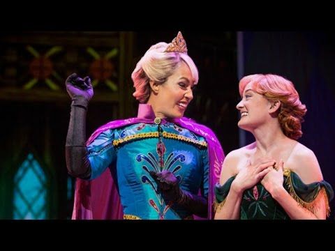 Disney Podcast - FROZEN LIVE AT HYPERION & SHANGHAI DISNEYLA