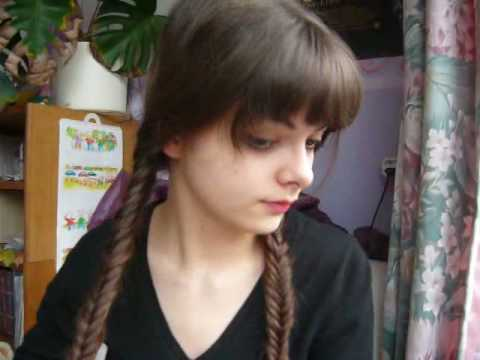 How to make a fishtail braid - YouTube