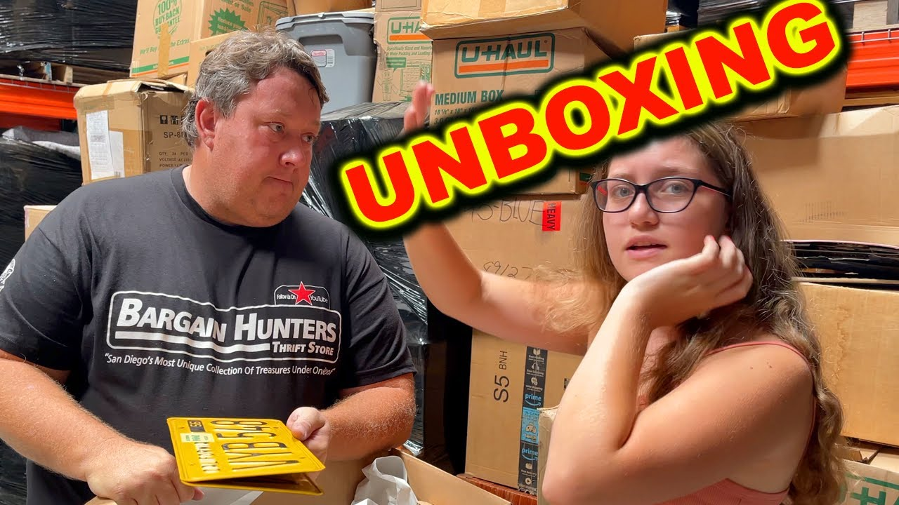 Download STORAGE WARS UNBOXING AT THE WAREHOUSE COMICS ACTION FIGURES ABANDONED AUCTION EBAY