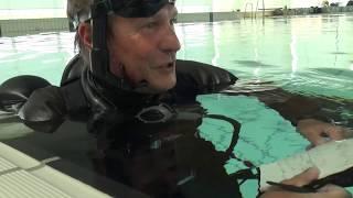 Dykkerne i svømmehal (2 af 5)