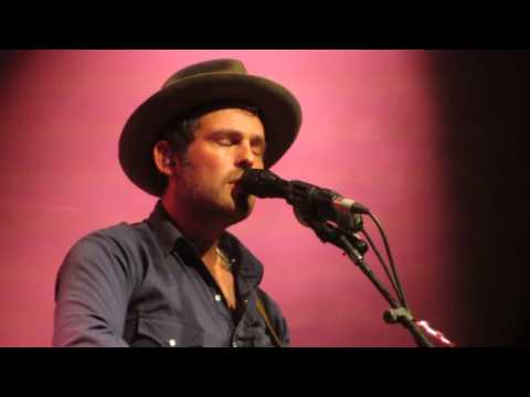 Gregory Alan Isakov @ Fabrique - She always takes it black 2016-09-28