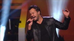 Luke Bryan Performace for Lionel Richie