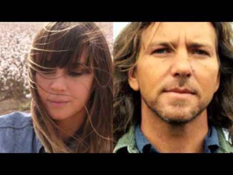 Eddie Vedder & Cat Power - Tonight You Belong
