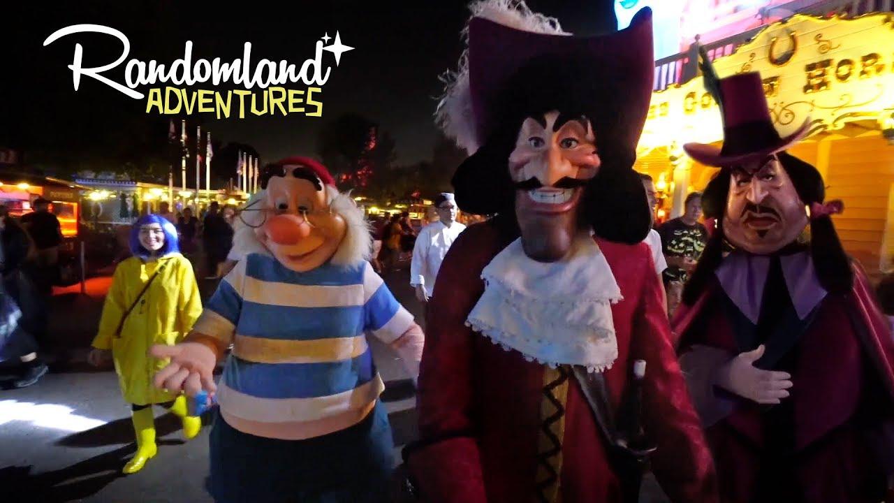 Mickeyu0027s Halloween Party At Disneyland!
