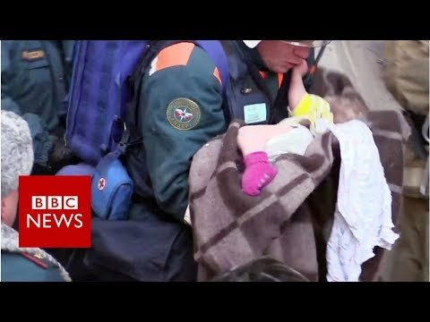 Russian rescuers pull baby from rubble - BBC News