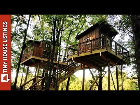 Epic Treehouse Built In 21 Days