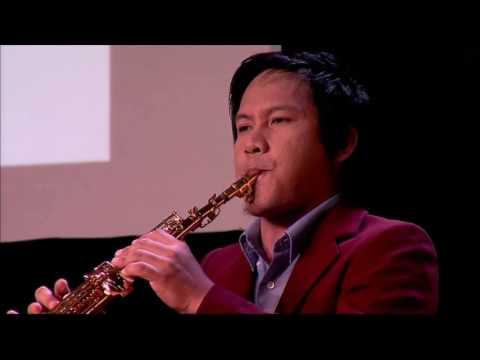 Outstanding Saxophone Rendition by Blue Villamor