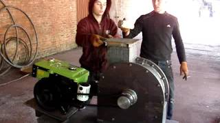 Как это работает - дробилка молотковая на дизельном двигателе