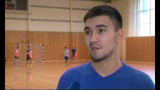 Футболист в Сургуте