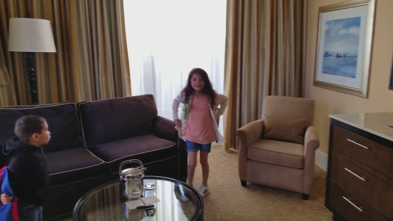 Suite  At The Beverly Hilton Hotel