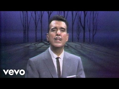 Tennessee Ernie Ford - My Mother's Eyes (Live)