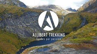 Randonnée à travers les paysages sauvages de Norvège