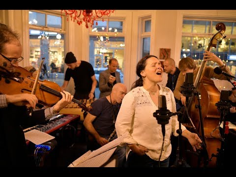 Emiliana Torrini and The Colorist - Thinking Out Loud (Live on The Current)
