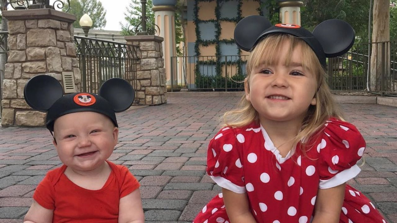 See The Incredible Costumes This Mom Made For Her Daughter To Wear - Mother makes daughters dreams come true incredible disney costumes