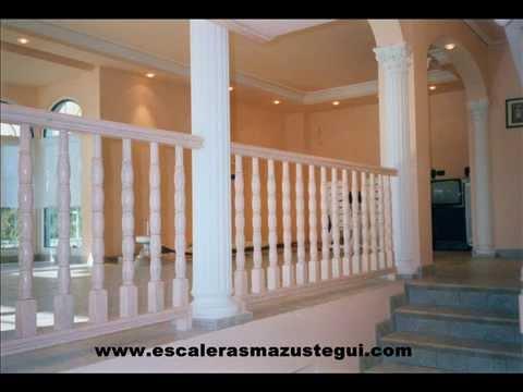 Escaleras y barandillas de madera
