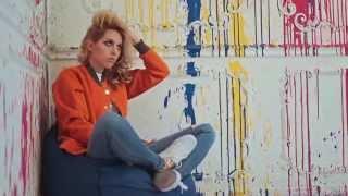 Backstage видео блондинки Кати Клэп