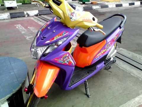 Modifikasi Honda Beat Pgm Fi Thailook Racing Street ( Blok Mesin Chrome nya Gila Gila  Mantap )