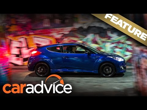 Late night eats in the 2016 Hyundai Veloster Street Turbo A CarAdvice Feature