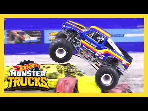 Top 10 Best Moments Monster Trucks Live Hot Wheels Youtube