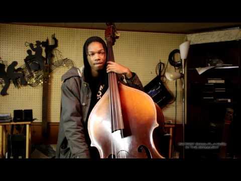 "BASS AND AMP GIVEAWAY SURPRISE DETROIT BASS PLAYER ""RODNEY BONNER JR"" INTERVIEW"