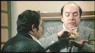Lino Banfi nei panni del mitico Preside e professore.Risate assicurate