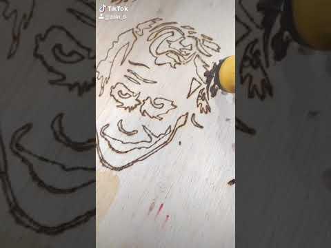 تحدي رسمه الجوكر بالحرق والحفر على الخشب Youtube