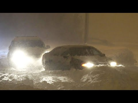 Storm dumps snow on Mid-Atlantic states