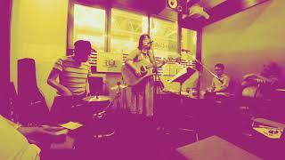 2018.6.24 吉祥寺Mojo Cafe one-man live より。 w/perc TAHI ライブの...