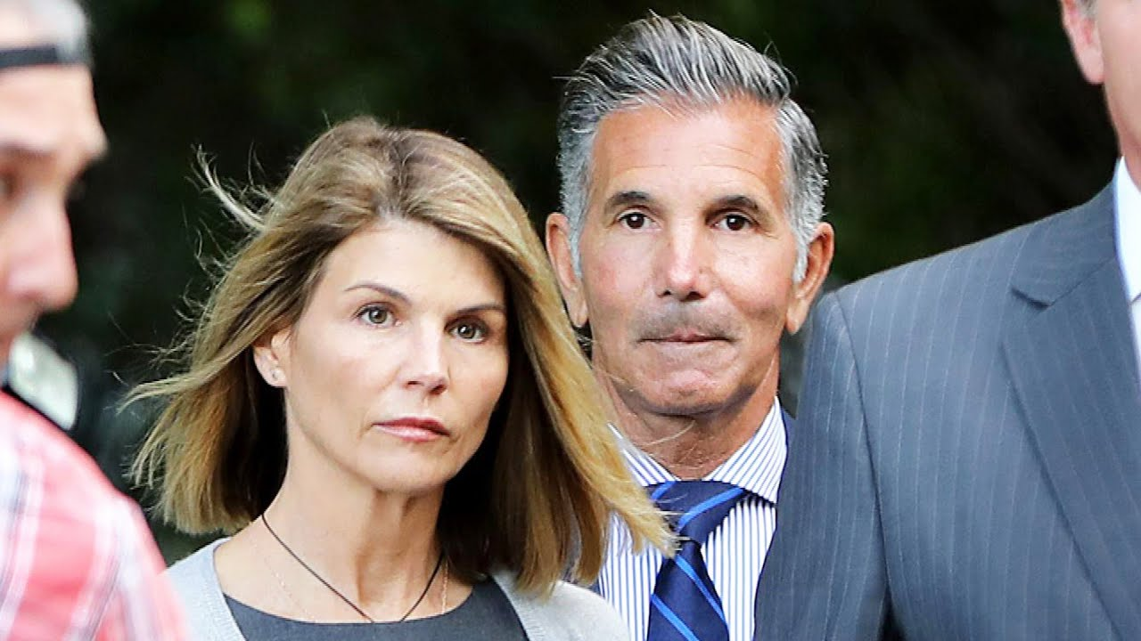 Lori Loughlin OFFICIALLY Pleads GUILTY in College Admissions Scandall While Attending Virtual Court