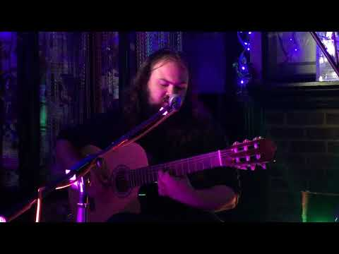 Michael Alexander at The Cricketers, Kingston
