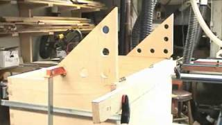 ( Woodworking Howto ) - Oak Blanket Chest - Part 3 (of 3) - Youtube.flv