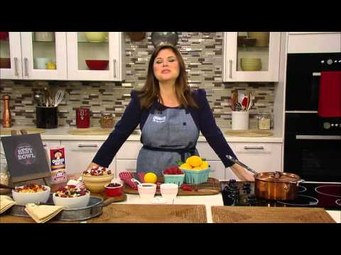 Actress Tiffani Thiessen speaks to TheCelebrityCafe.com