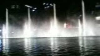 Dubai Fountain (Song: Dhoom Taana - Om Shanti Om)