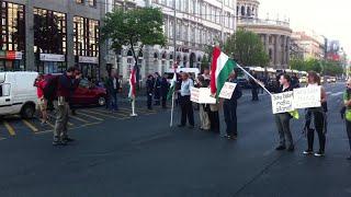 Így bénította meg pár tucat tüntető a belvárost