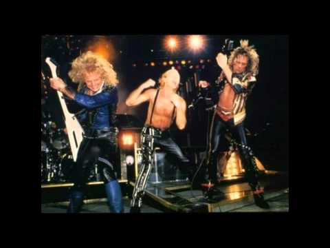 Judas Priest - Heavy Metal