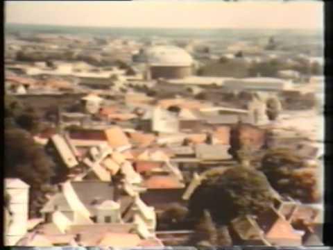 Blauwe luchten, schone daken: een film over kabeltelevisie