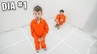 Gambar cover 24 Horas En Un MANICOMIO - challenge