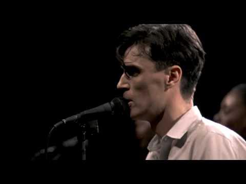 Talking Heads  Life during wartime   Stop making sense 1984 HQ