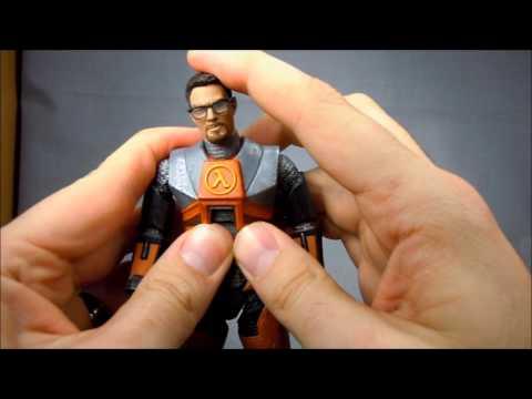 NECA Half Life 2 Gordon Freeman Review