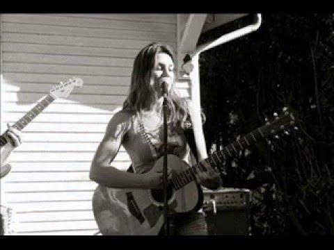 Meet The Music- Julia Richardson Interview