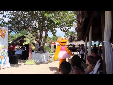 Beaches Negril Party With Sesame Street October 2015