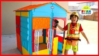 Ryan Pretend Play Building Little Tikes Playhouse!!!