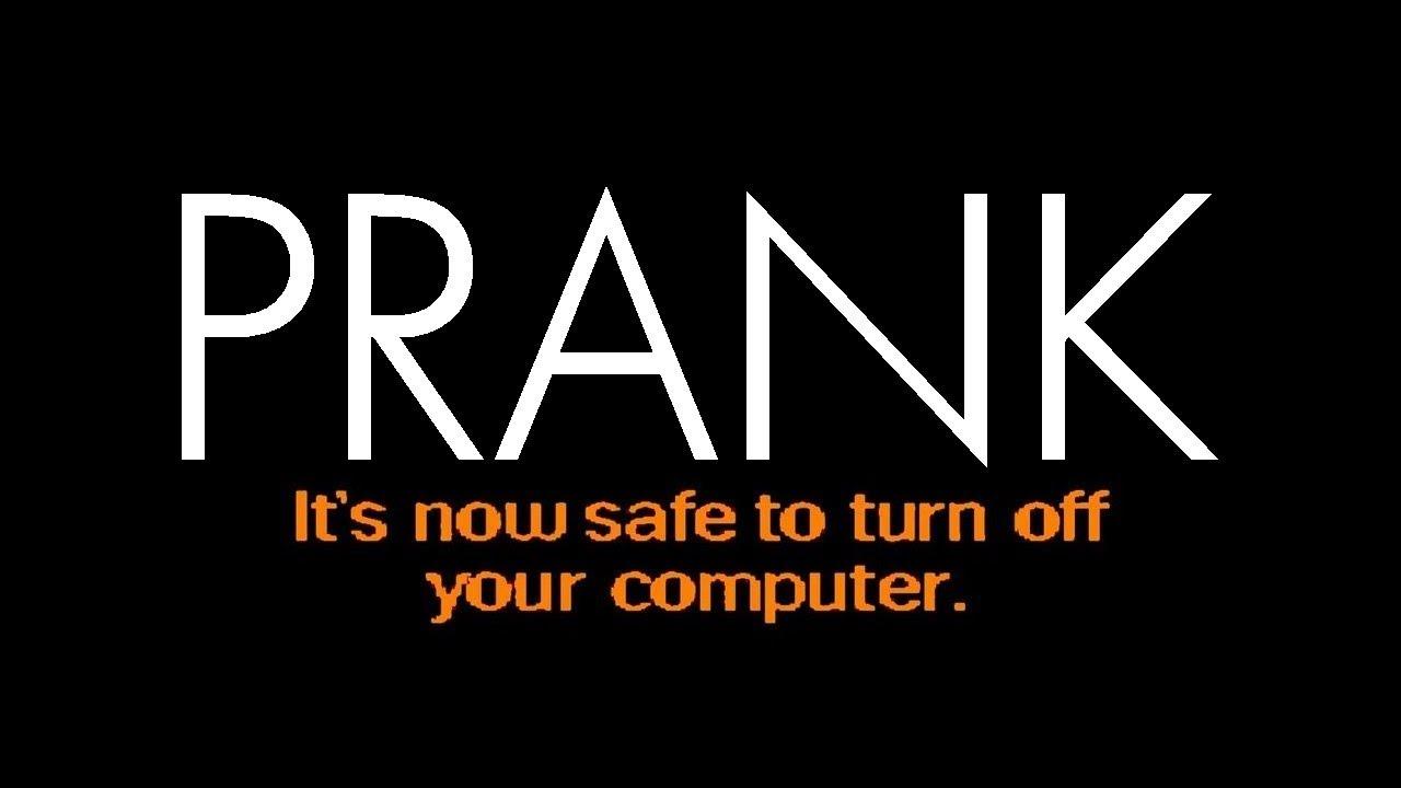 ☻ COMPUTER PRANK ☻ Windows 95 ☻ Flashback ☻ Now Safe to turn off your  computer ☻ #geek #nerd #tech